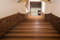 231_Laurel_Ln_Haverford_PA-MLS_Size-014-Grand_Stairway-720x540-72dpi