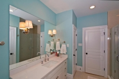797_Harrison_Road-large-024-Bath-1500x998-72dpi